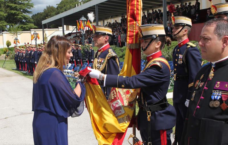 Acto de Jura de Bandera en la Guardia Real en El Pardo. En primer término el Comandante VIcario Castrense