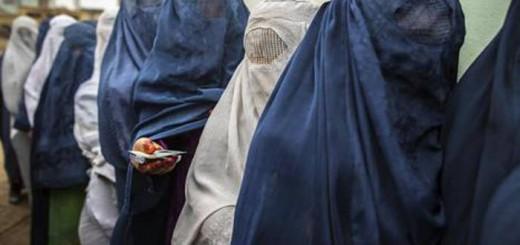 mujeres con burka Afganistan