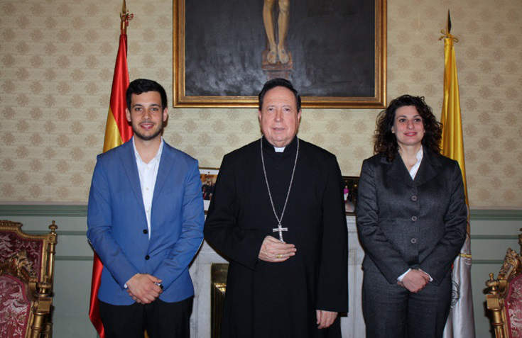 reunion AMGC con arzobispo castrense 2016