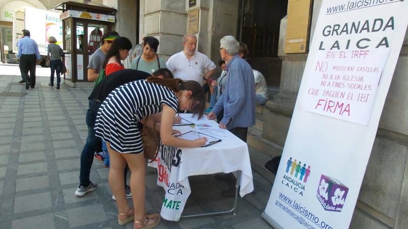 Mesa IRPF Granada 2016 mayo a
