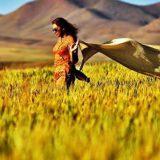 mujer sin velo hiyab Iran 2016