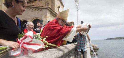 bendicion de las aguas San Pedro Gijon 2016