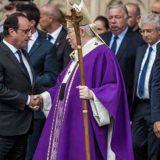 Hollande en misa