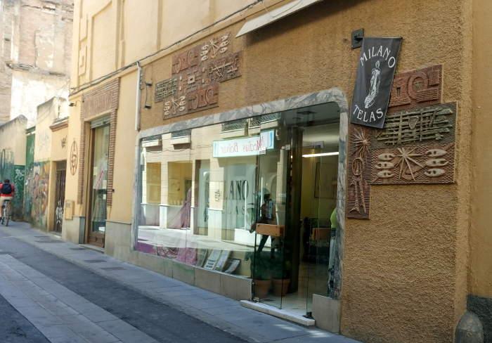 Dos locales comerciales en la parroquia de la Magdalena