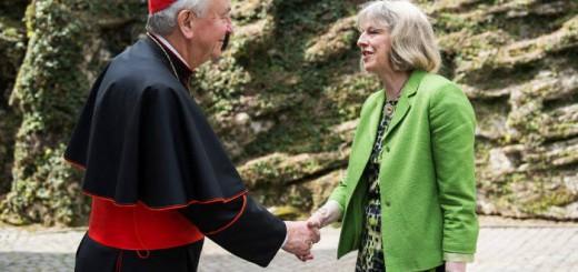 cardenal Nichols y Theresa May primera ministra britanica 2016