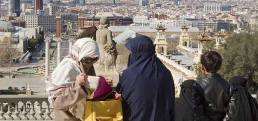 mujeres musulmanas con velo niqab Barcelona