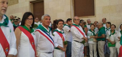 alcalde-Huesca y concejales de procesion y misa 2016