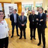 inauguran exposicion Teresa Calcuta alcalde y obispo Santander 2016