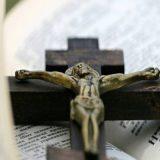 crucifijo-clase-religion