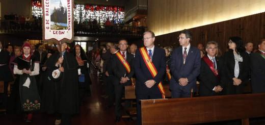 Misa del voto en La Virgen del Camino /