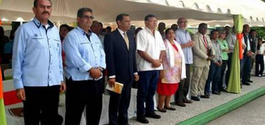 dia-de-la-biblia-en-atures-venezuela
