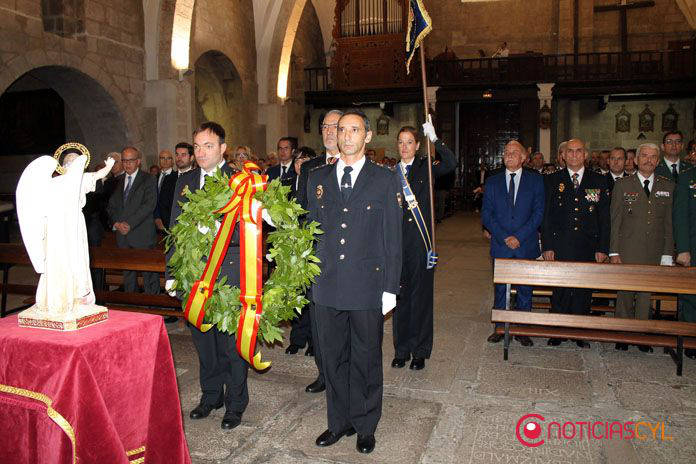 policia-nacional-zamora-2016-misa