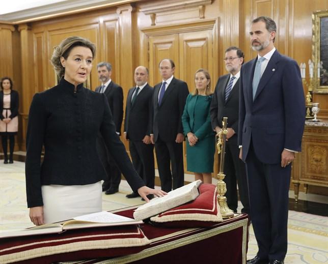 jura-toma-posesion-ministros-pp-2016-agricultura-tejerina