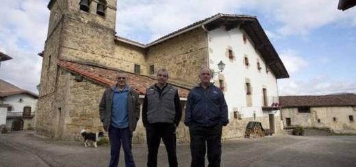 vecinos-gorrontz-navarra-2016