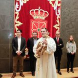 Angel de Aralar en el Parlamento de Navarra