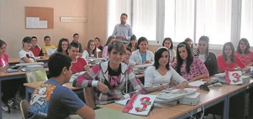alumnos en clase religion