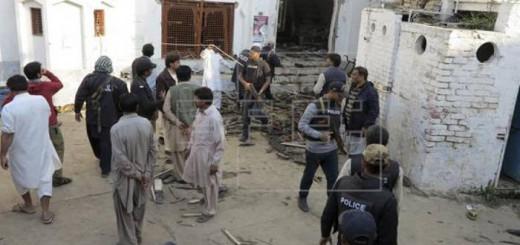 atentado mezquita sufi Pakistan 2017