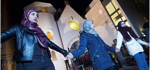 musulamans defienden sinagoga de Oslo 2015