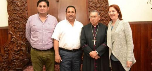 obispo y alcalde de Mazatlan en Mexico 2017