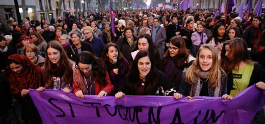 Barcelona 08/03/2014 Sociedad  Manifestacion unitaria Dia Dona Treballadora o del dia de la Mujer Trabajadora del 8 de Marzo. Foto de RICARD CUGAT