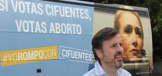 Ignacio Arsuaga presidente Hazte Oir contra aborto Cifuentes