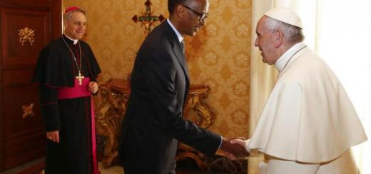 bergoglio y Paul Kagame presidente Ruanda 2017