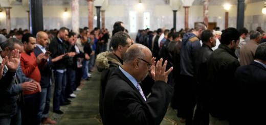mezquita Madrid en oracion