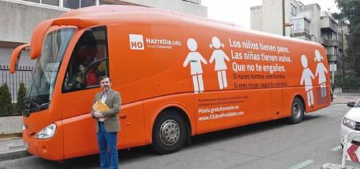 presidente-HazteOir-Ignacio-Arsuaga autobus transfobo 2017