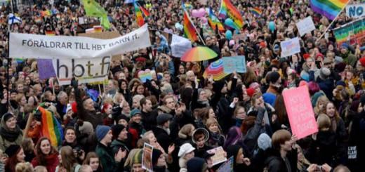 protesta a favor matrimonio gay Finlandia 2017