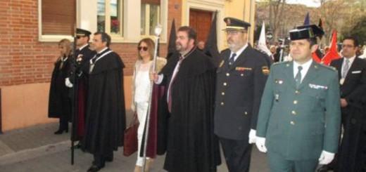 Alcaldesa y autoridades procesion Medina del Campo 2017