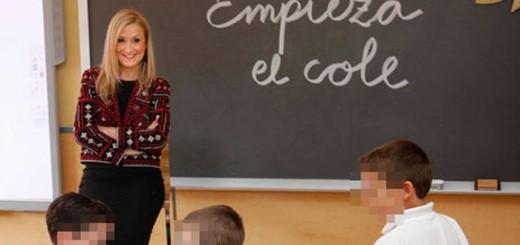 Cristina Cifuentes en un colegio