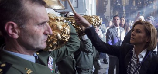 Ministra Defensa Cospedal-Santisimo-Cristo-Animas-Ciegos semana Santa 2017