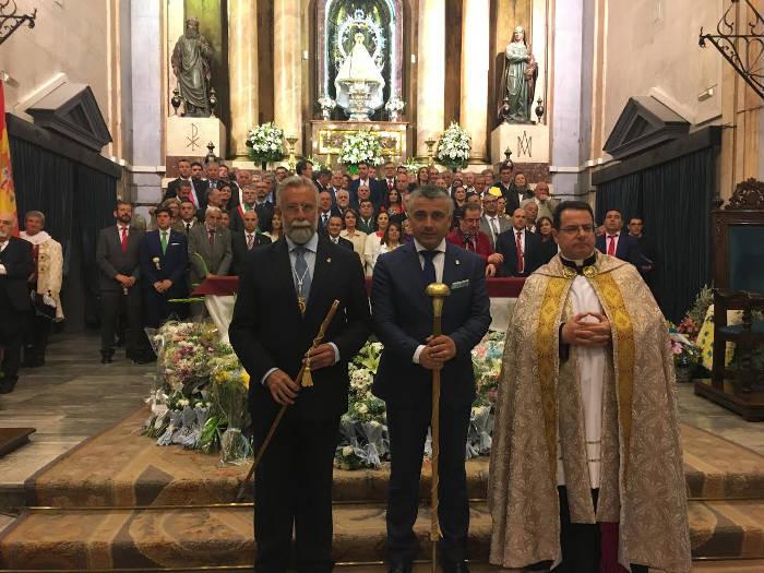 alcalde Talavera ofrenda 2017