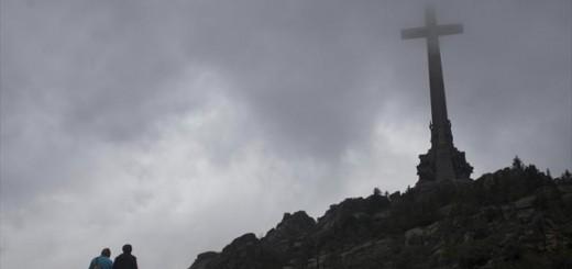 cruz de los caidos