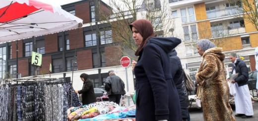 musulmanas mercado Trappes en Paris 2017