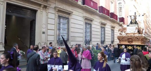ofrenda floral diputacion Almeria paso Virgen Angustias semana santa 2017