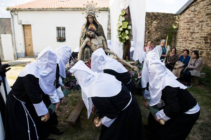 Procesión de la Quinta Angustia en Santiago de Compostela. ÓSCAR DEL CORRAL