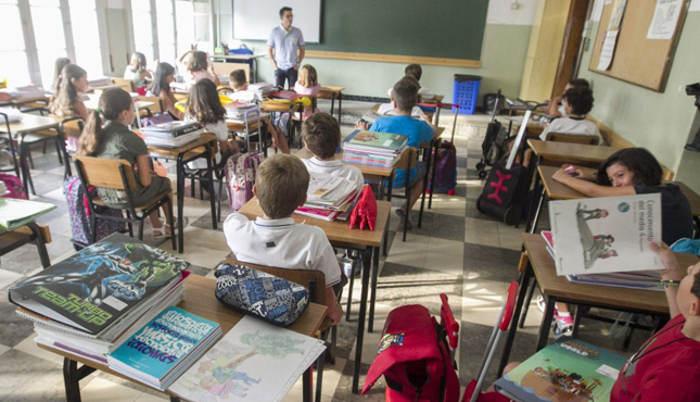 aula clase religion