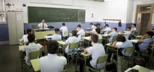 aula colegio Altair segrega sexo Sevilla Opus