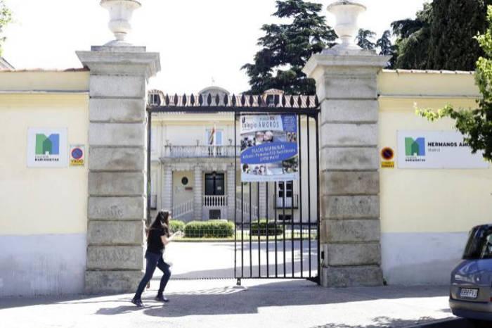 Fachada del colegio marianista Amorós. ANTONIO HEREDIA