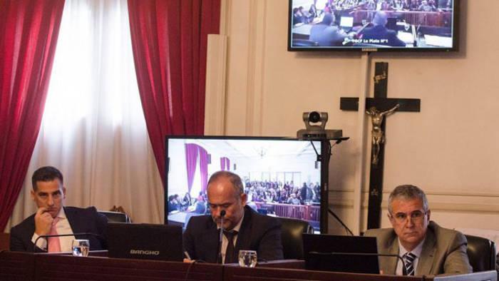 crucifijo sala tribunal La Plata Argentina 2017