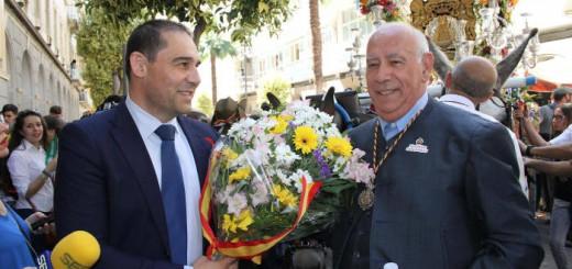 ofrenda floral autoridades Huelva Rocio 2017