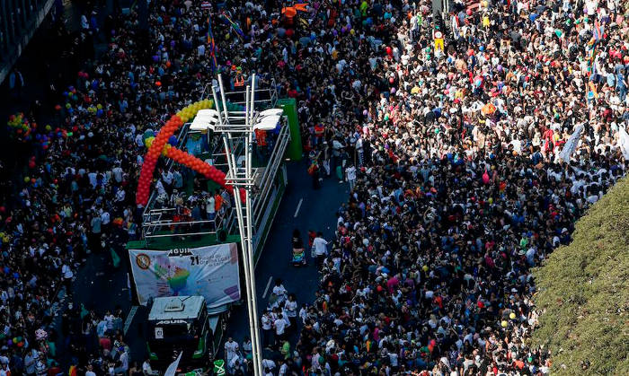 Orgullo Gay Sao Paulo pide Estado laico 2017