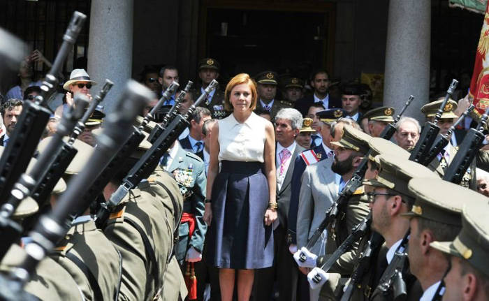 procesion Corpus Toledo 2017 ministra defensa