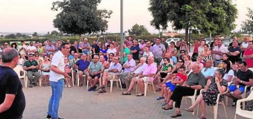 Alcalde de Alhama Murcia con vecinos contrarios a mezquita 2017