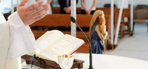 iglesia-catolica-misa