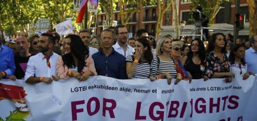 pp manifestacion orgullo gay Madrid 2017