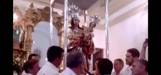 Alcalde Dilar entrega baston de mando a la Virgen 2017