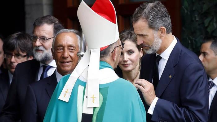 misa Sagrada Famila victimas atentado reyes y arzobispo 2017