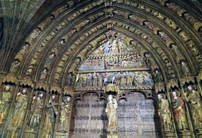 portico_de_la_iglesia_de_santa_maria